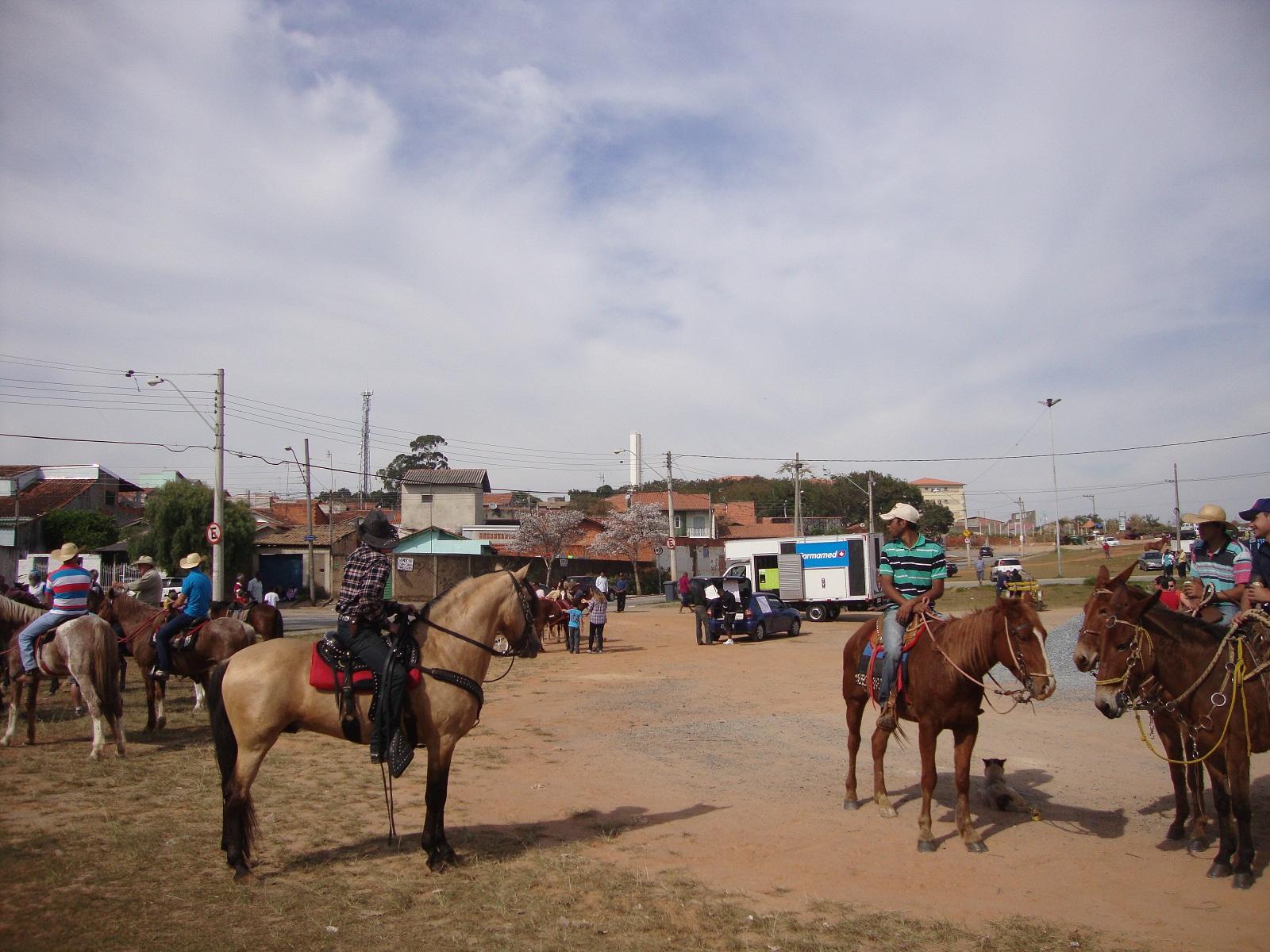 Cavalgada - CIA do Rodeio Sorocabana 2014 (9)